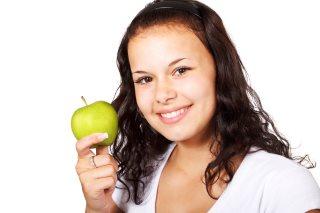 Mundgeruch vermeiden durch eine gesunde Ernährung